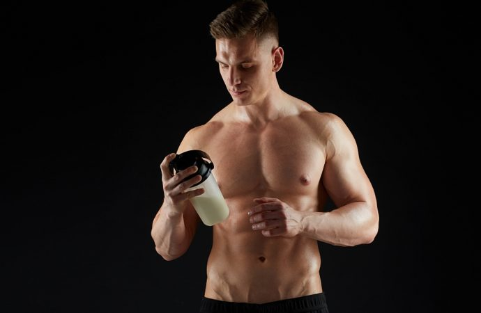 BCAA – korzyści z przyjmowania aminokwasów rozgalęzionych